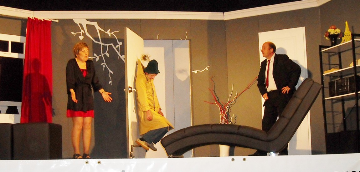2012-theatre-3