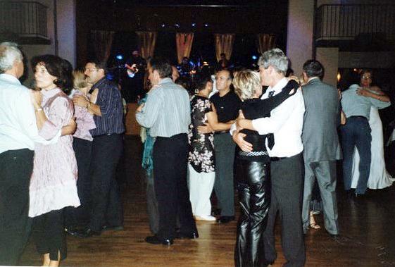 2006--OCTOBRE--SOIREE-CABARET-ET-DANSANTE-Salle-des-Castors-2
